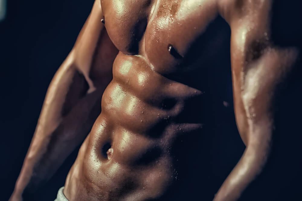 腹筋ローラーでシックスパックを目指す